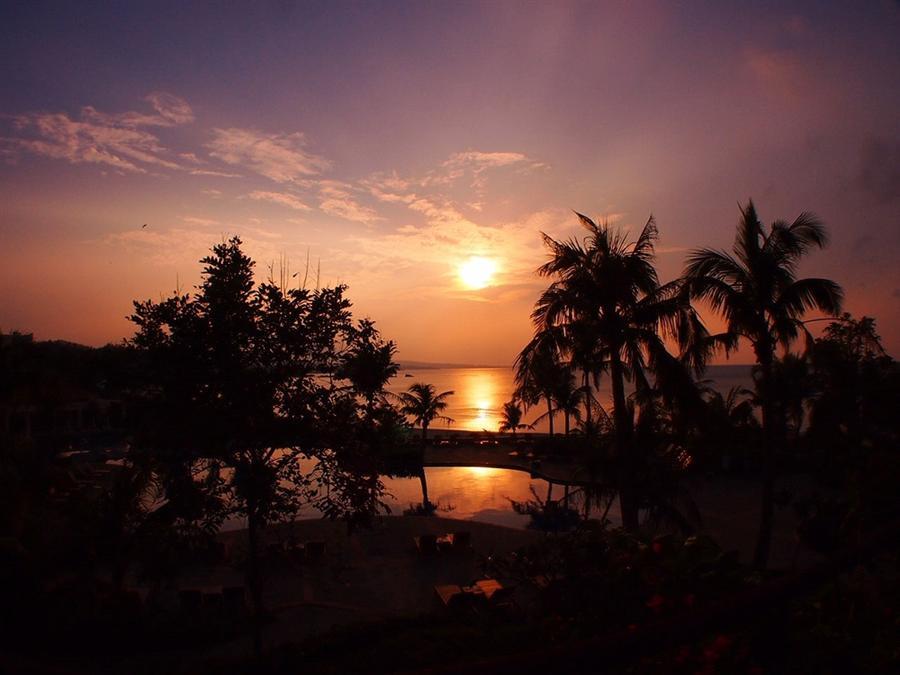 沖縄の夕日