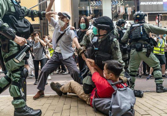 香港でのデモ