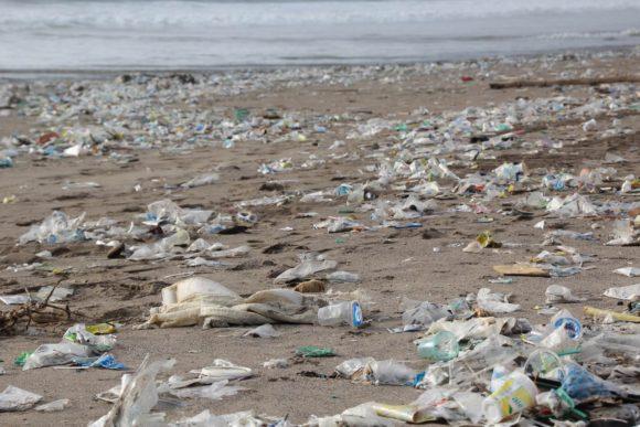 廃プラスチック問題